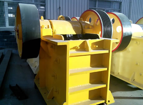 Crawler Mounted Three Stage Crusher Plant Stone Crusher
